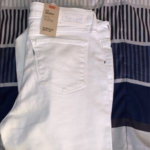 Brand new Levi white skinny jeans size 10M